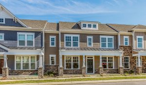 Row of HHHunt Homes town homes in Quarterpath Villas of Williamsburg Virginia.